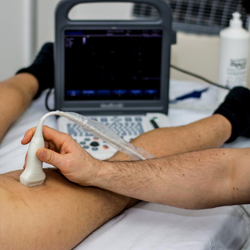 Trattamento di fisioterapia ecoguidata